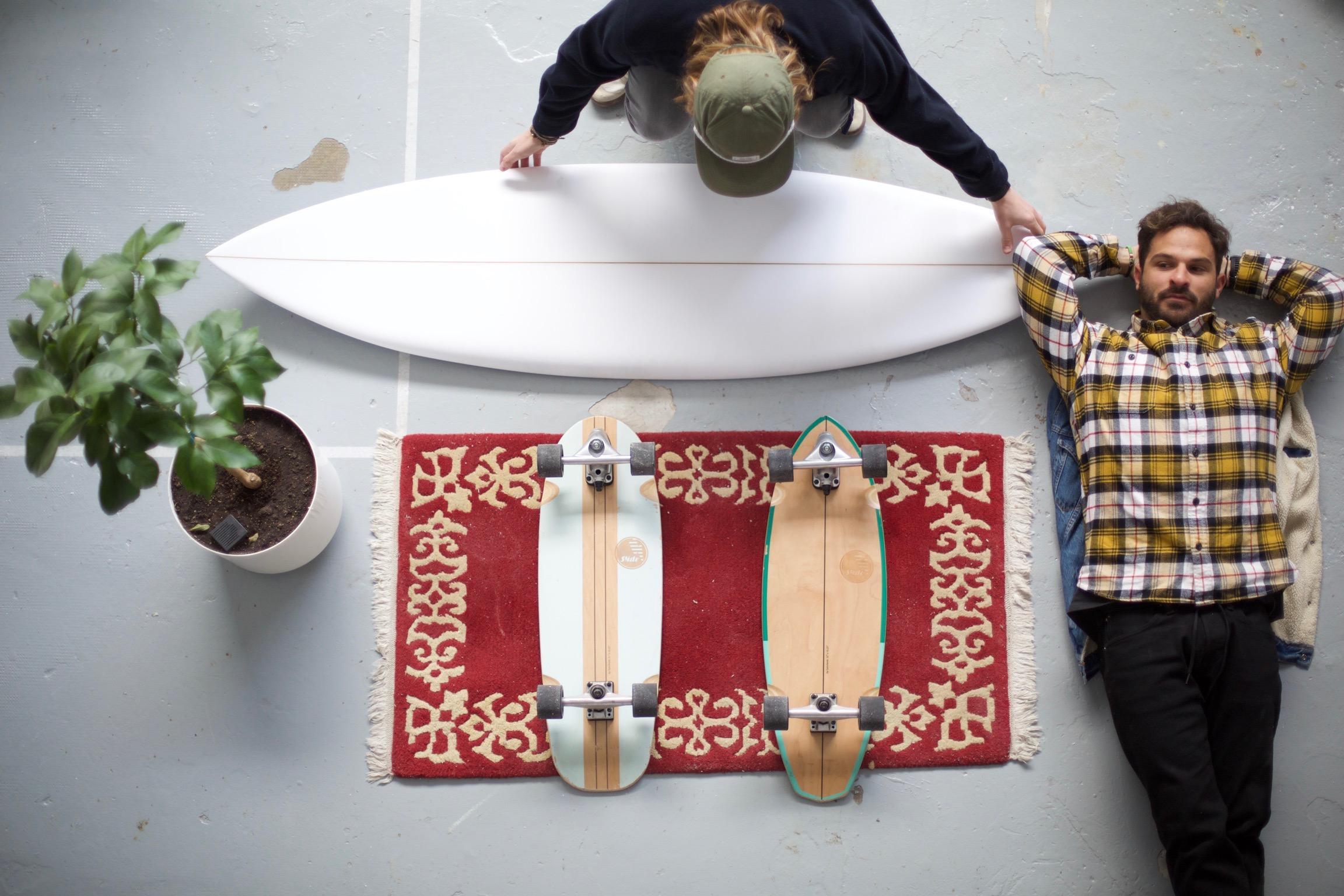 Excelente surf skate para moverse por la ciudad y carving.